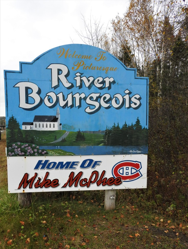 sign Welcome to River Bourgeois