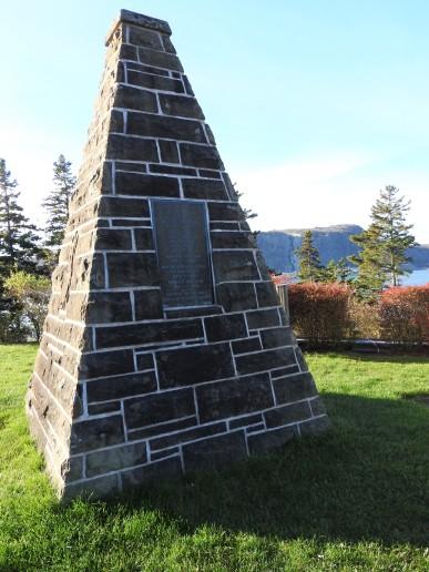 Monument Erected by the Nova Scotia Association of Scottish Societies. Beside the Cape Breton Tourist Inforatiom Bureau. Port Hastings