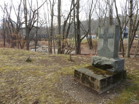 Loyalist cemetery Morell Park
