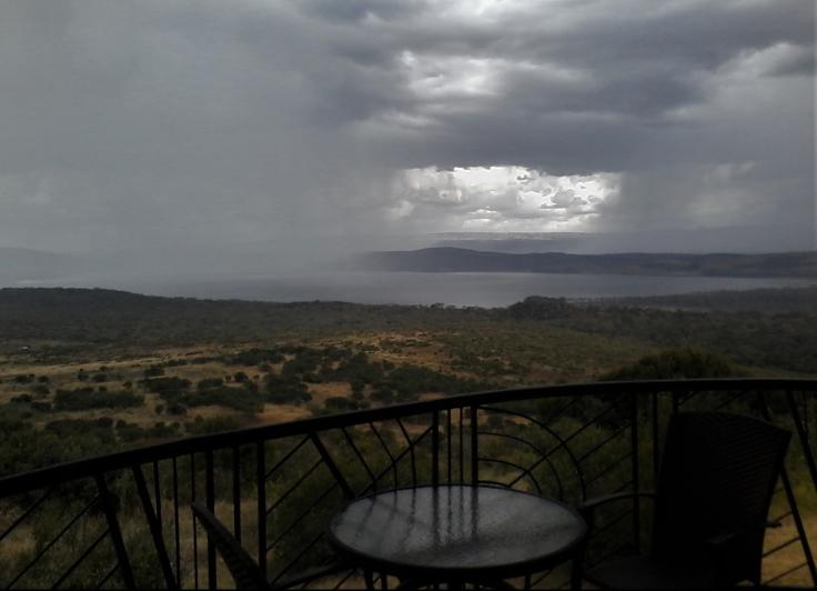 Rains storm