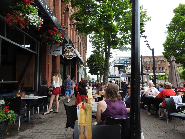 Charlottetown, Pedestrian area, cafes, artist shops patios in a historic district